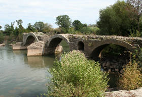 St Thibery Roman Bridge